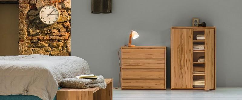 https://www.bedaffair.nl/media/catalog/product/cache/1/image/9df78eab33525d08d6e5fb8d27136e95/w/w/www.bedaffair.nl-massief_houten_slaapkamer_meubels.jpg